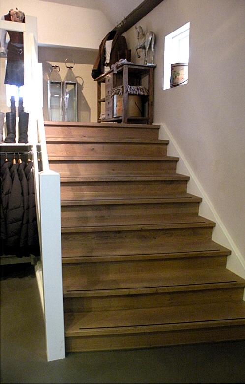 Trappen comfort trappen for Houten trap plaatsen
